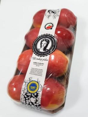 8 jablek