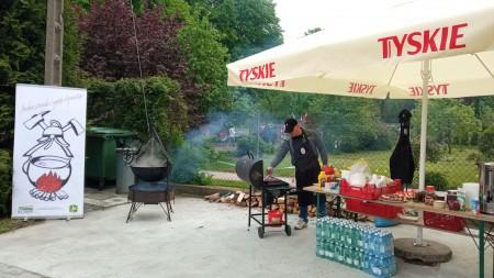 Kuchnia strażacka z ognistą wołowiną
